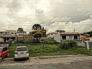 Local: R. Cel. Hoche Pedra Pires, próximo ao nº 308. Vila Izabel (foto: Lucas Prates)