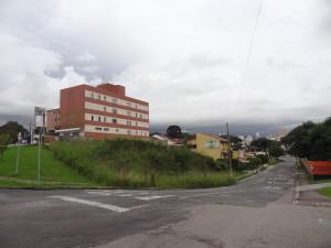 Local: R. Cel. Hoche Pedra Pires, próximo ao nº 212 (esq. c/ Av. Iguaçu). Vila Izabel (foto: Lucas Prates)