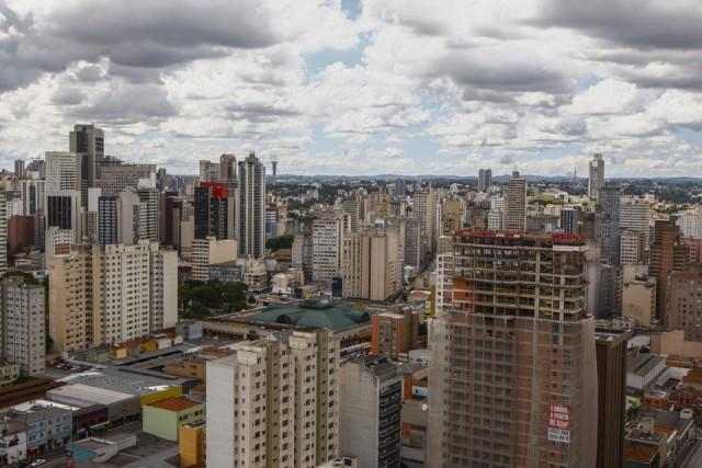 Entre outras coisas, o zoneamento define o planejamento do crescimento da cidade, como a previsão de zonas comerciais, industriais e residenciais.