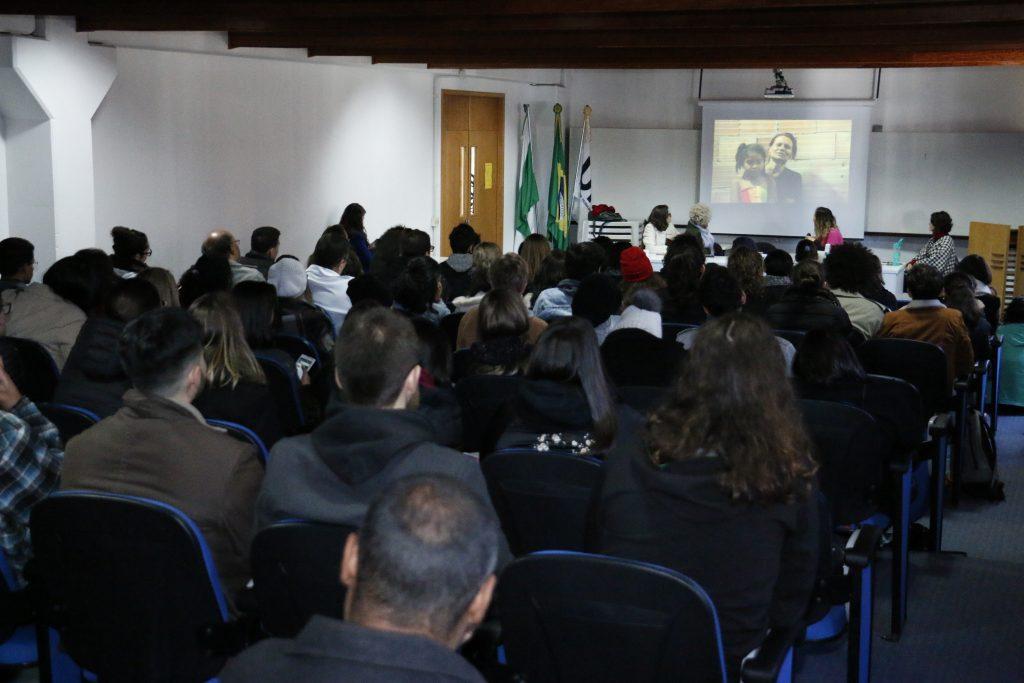 Coletivo Arquitetura na Periferia apresentou seu trabalho aos estudantes da UTFPR.